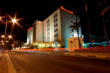 فندق رامادا البحرين