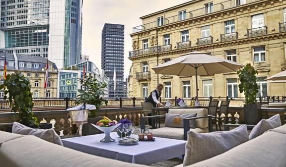 فندق شتايغنبيرغر فرانكفورت هوف