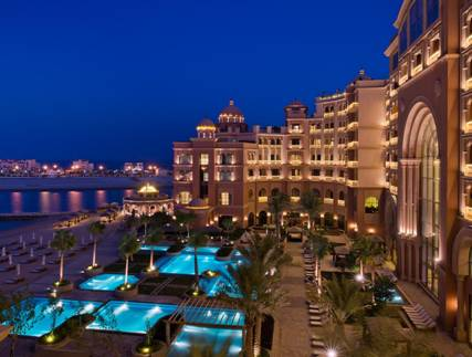 فندق مرسى ملاذ كمبينسي اللؤلؤة في الدوحة
