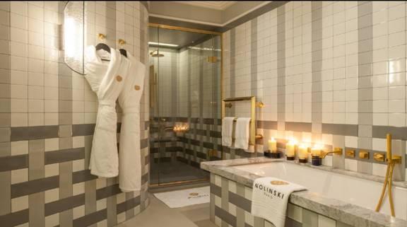 فندق نولينسكى باريس