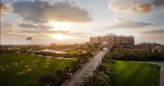 منتجع قصر السراب ابوظبي